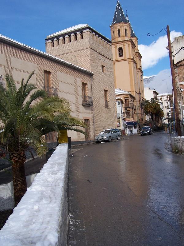 Castillo Condes de Sasatago S. XV, actualmente Ayuntamiento